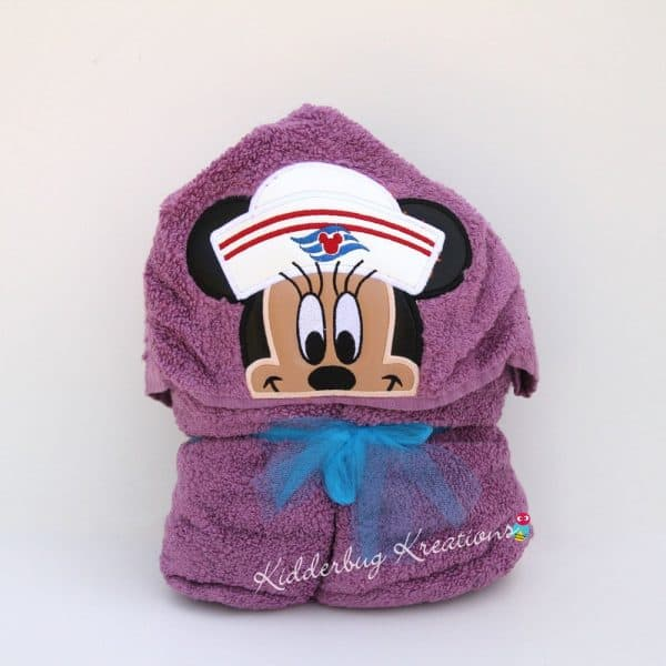 Cruise Girl Mouse Hooded Towel