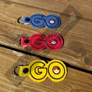 keychain team red, yellow or blue go, zipper pull, backpack tag, key fob